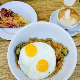 Organic Golden Quinoa / Strawberry Cornmeal cake / caffe latte